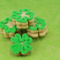 Flour Leaf Clover Cookies with Green Icing